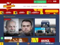 radioliberdadefmubajara.com
